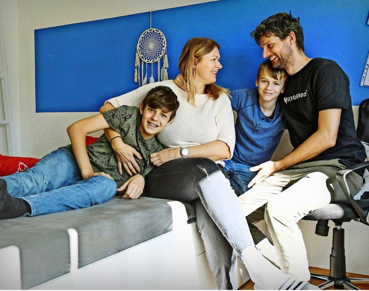 Barbara und Fillip Kieffer mit ihren Söhnen Jan (links) und Felix